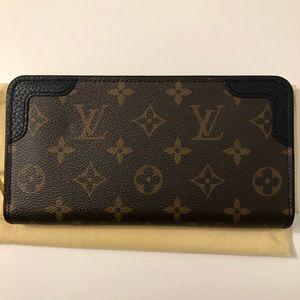 Louis Vuitton Zippy Wallet Retiro
